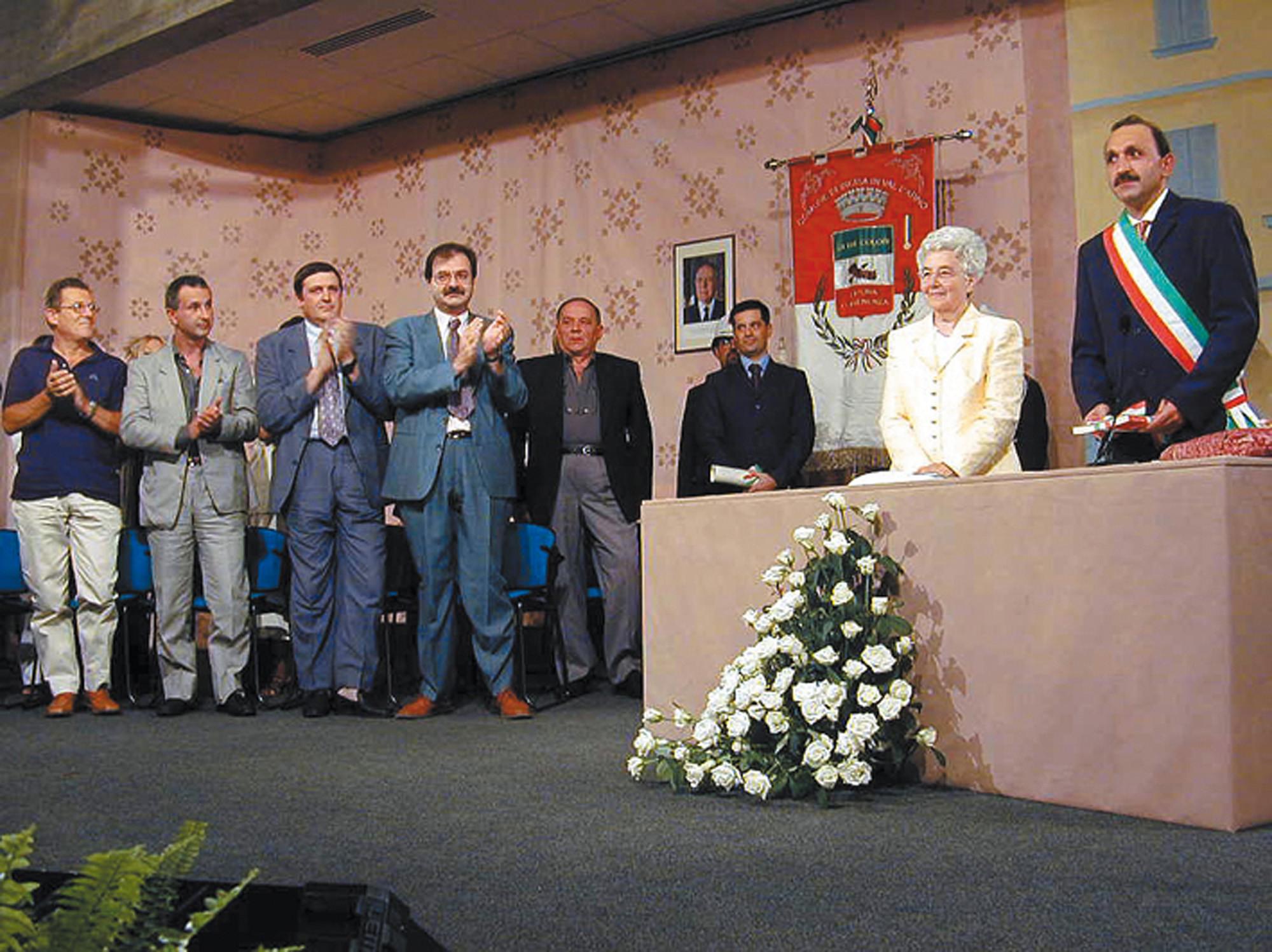 Cittadinanza onoraria 2000